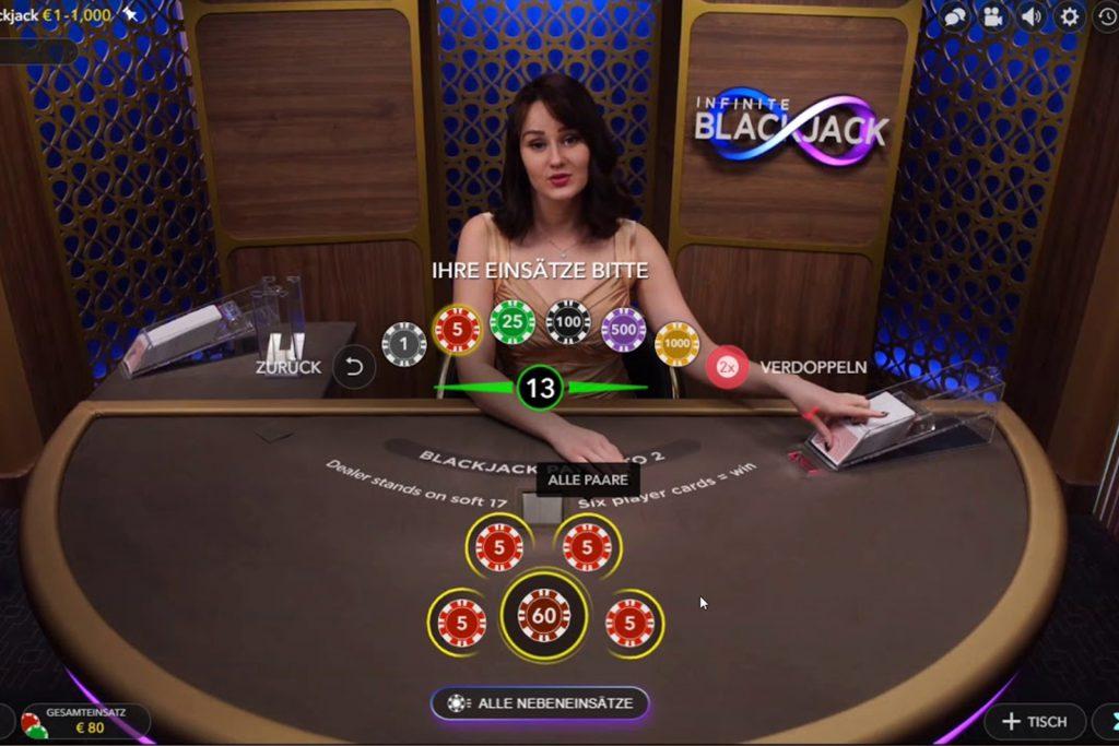 Live Infinite Blackjack in actie