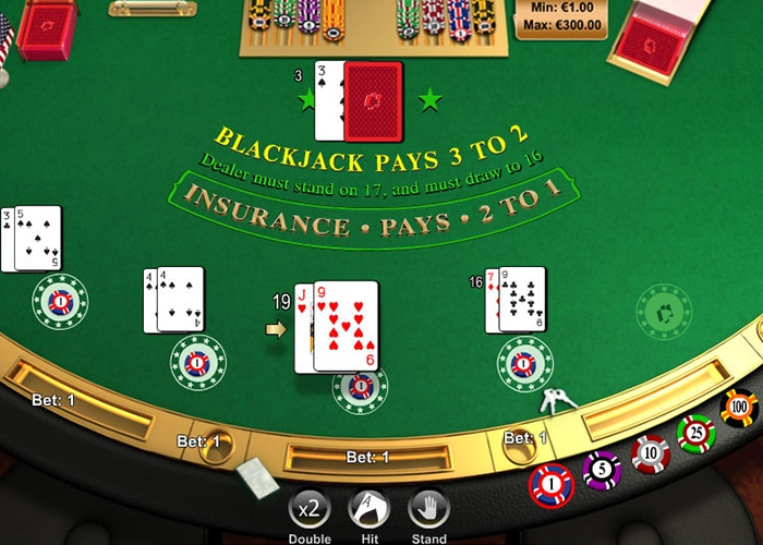 American Blackjack heeft 2 holecards voor dealer