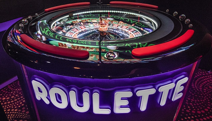 De Roulette ketel waar iedereen omheen zit