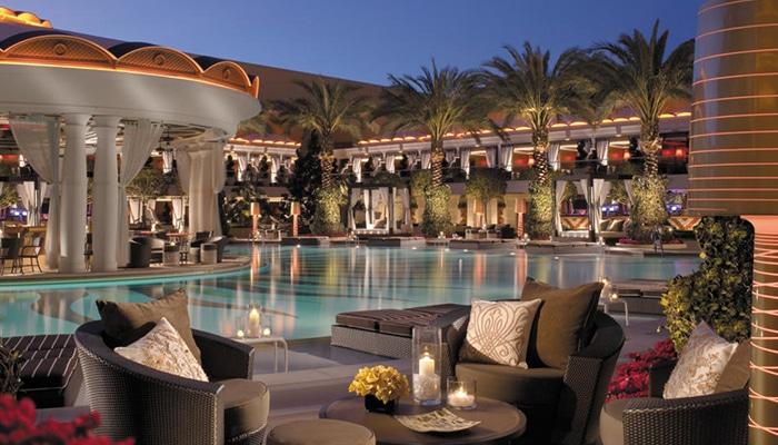 Het zwembad van The Wynn en Encore, veel luxer kan het niet