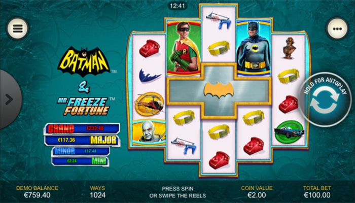 Batman and Mr Freeze Fortune Gameplay