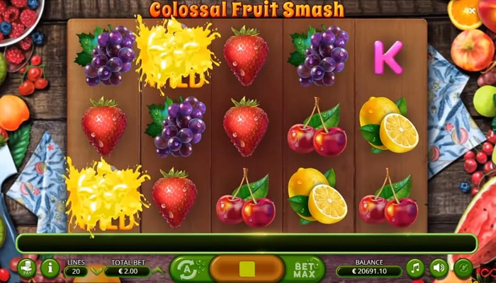 Gameplay Colossal Fruit Smash