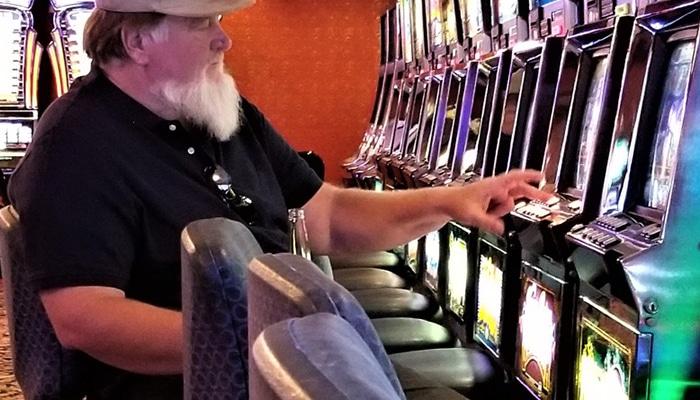 Ouderen spelen graag op speelautomaten