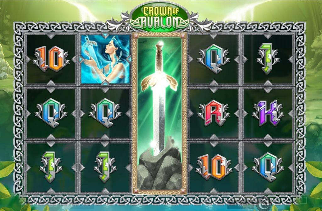 De Crown of Avalon is ontwikkeld door spelprovider Iron Dog Studio